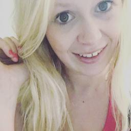 Molly, 22, Myrtle Beach, SC - Wants to date with guys, 18